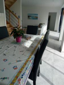 Salon depuis la salle à manger